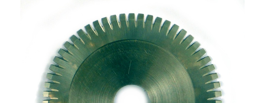 Rubber cutting blades for tire production