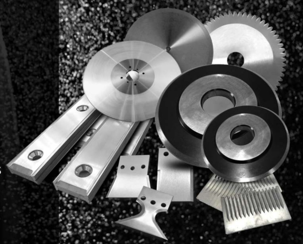 Knives and cutting blades for tire production